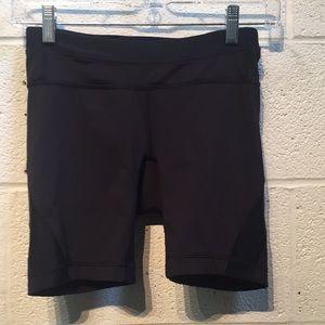 Lululemon black bike shorts, sz 4, 57751